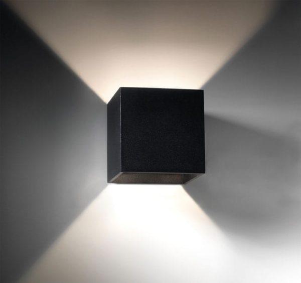 light-point-square-vaeglampe-sort
